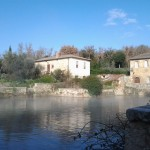 Returning to Bagno Vignoni, serendipity alive