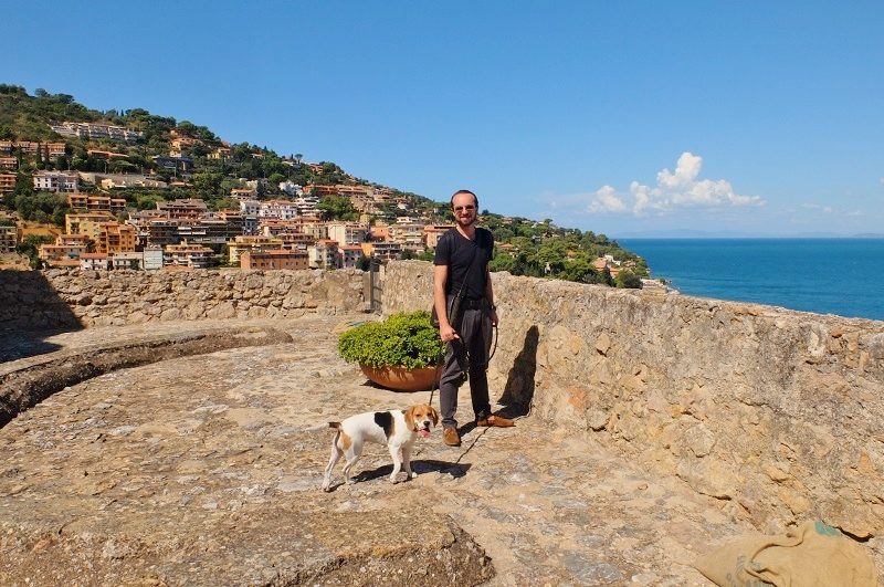 My partners-in-crime on top of the Spanish Fortress at Porto Santo Stefano