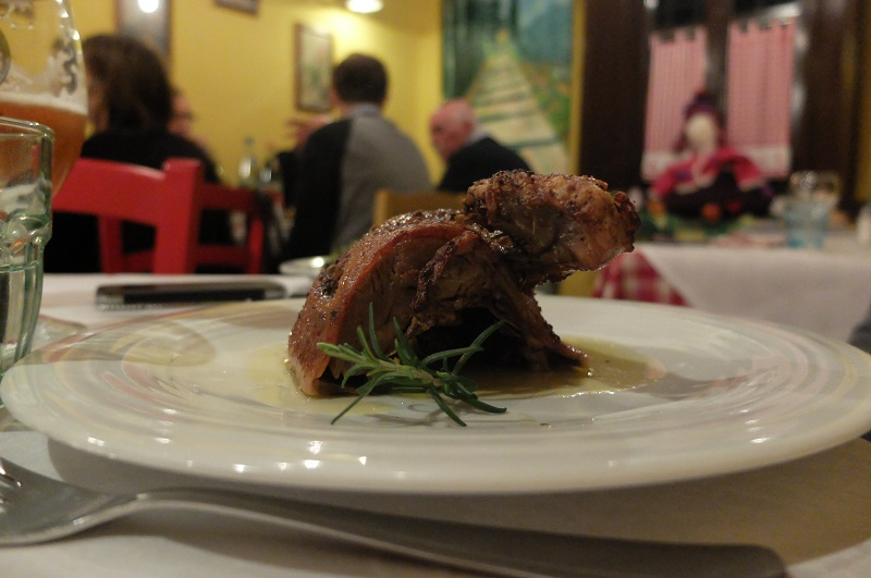 Roasted duck with thyme at La Taverna della Berardenga, a win for this girl!