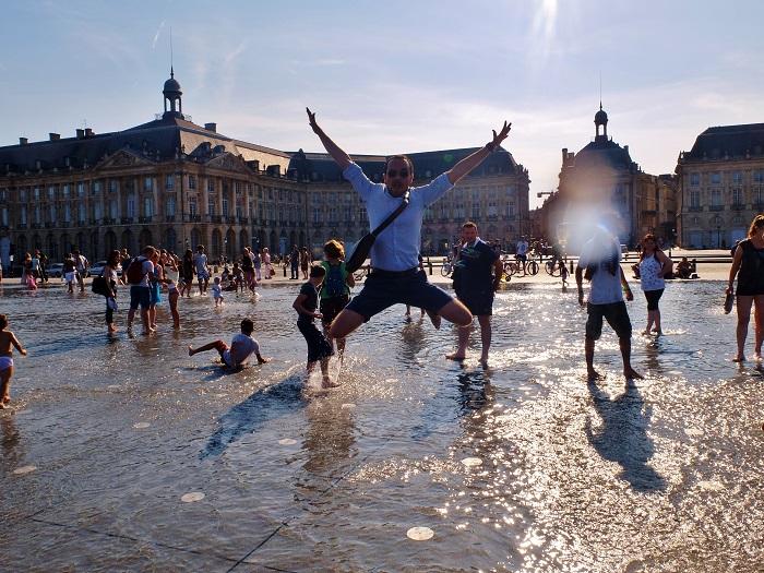 Bordeaux summer, Miroir d'Eau | Girl in Florence Blog @girlinflorence