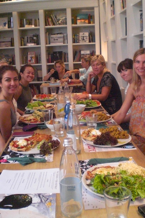 Lunch with the group: Photo by Shari