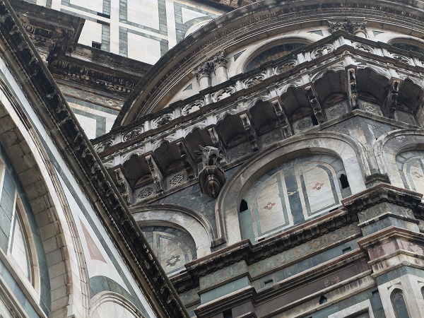 cornuto nulls head on the Duomo in Florence