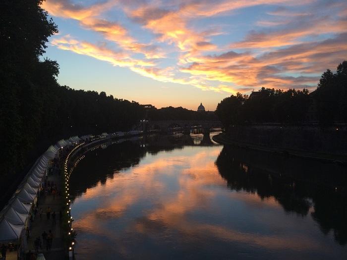 tevere sunset rome
