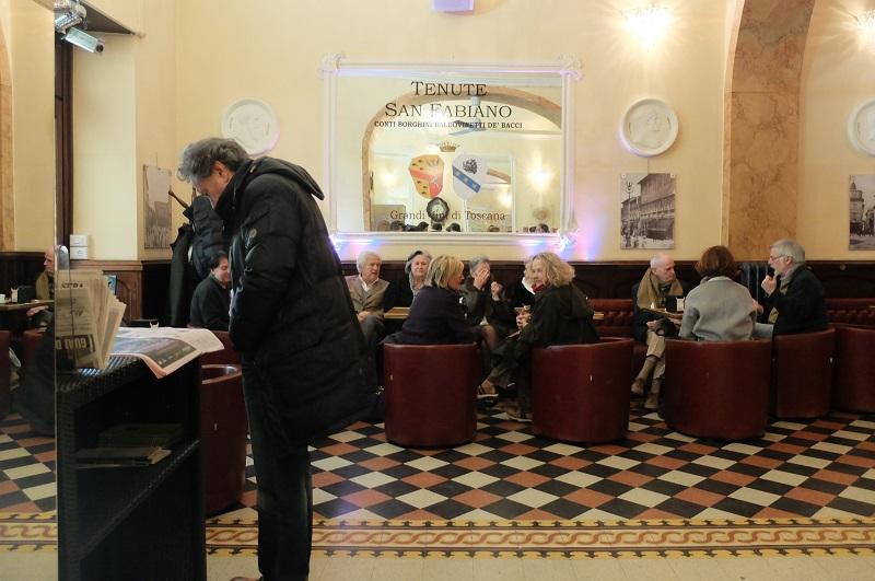 Coffee stop at the elegant Caffe' Dei Costanti in front of the Basilica di San Francesco