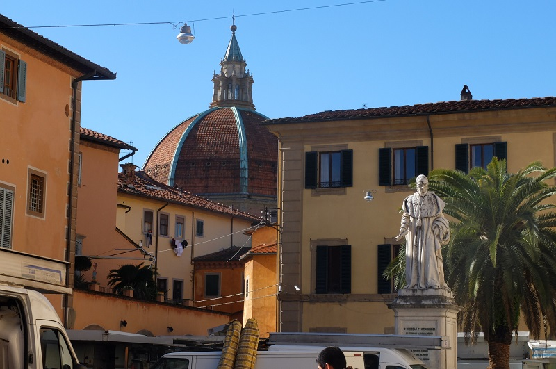 View of the dome from piazza di spirito santo