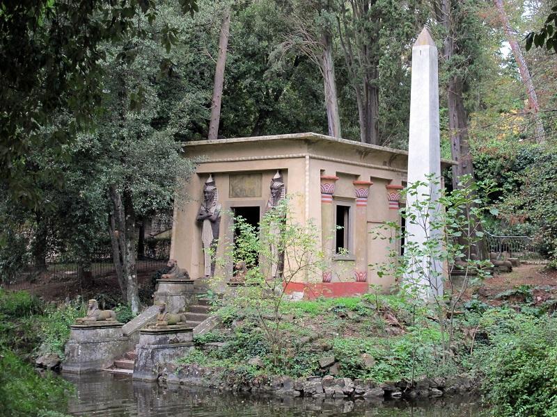 Stibbert park: photo credit: Wikimedia commons